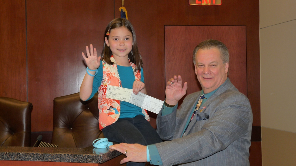 Miya with Springboro mayor, John Agenbroad